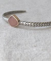 ishi  jewelry / cobra one  stone bangle / pink  opal
