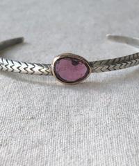 ishi  jewelry / cobra one  stone bangle / pink tourmaline