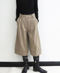 [21AW] TUCK DESIGN FLARED PANTS