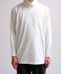 YOKOSAKMAOTO / HIGH NECK L/S T-SHIRT / WHITE