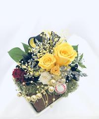【プリザーブドフラワー野球アレンジ/黄色い薔薇からの応援エール【フラワーケースリボンラッピング付】