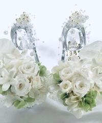 【プリザーブドフラワー/胡蝶蘭と薔薇ジャスミンの左右2個セットガラスの靴】シンデレラの魔法の時間【フラワーケースリボンラッピング付き】