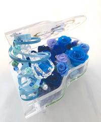 【プリザーブドフラワー/グランドピアノシリーズ】青いお花とパールの人魚の涙。グランドピアノに敷き詰められた青いバラと海の中の神秘と宝石【リボンラッピング付き 送料無料】