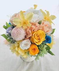 【プリザーブドフラワーアレンジ/薔薇とポンポンマム・デンファレの花畑/フラワーケース付き】
