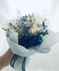 プリザーブドフラワーの紫陽花とかすみ草と小花の花束(花束ラッピング付き)