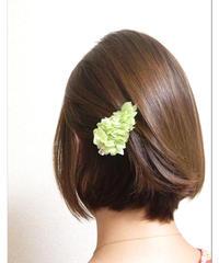 【プリザーブドフラワー/ヘアアクセサリーシリーズ/本当の紫陽花の髪飾り】ときめきを抑えて、ちょっとクールに。淡いミントグリーンの髪飾りミニサイズ