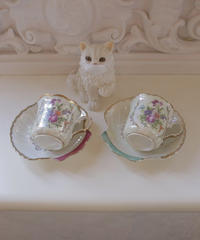 VTG aurora shell saucer  tea cup set