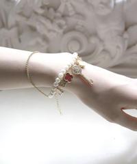 Italian key motif pearl bracelet