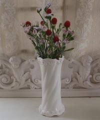 VTG white porcelain flower vase