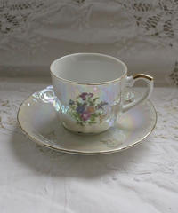 VTG flower motif aurora teacup