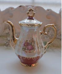 VTG gold rim aurora tea pot