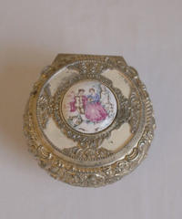 lady motif  metal jewelry box