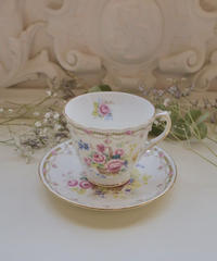 UK duchess floral tea cup