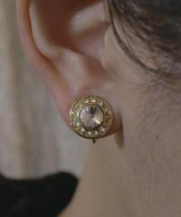 VTG gold earring