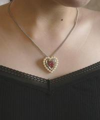 AVON heart pendant