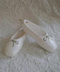 VTG porcelain ballet shoes set