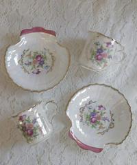 VTG aurora shell bouquet cup&s