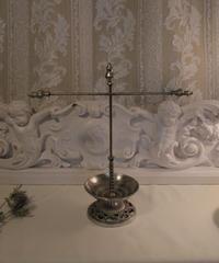 cross balance accessory stand