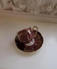 VTG   aurora burgundy tea cup