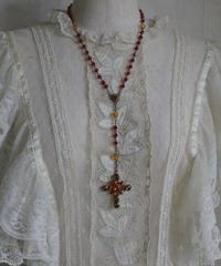 """""""une ligne""""  swarovski rosary"""