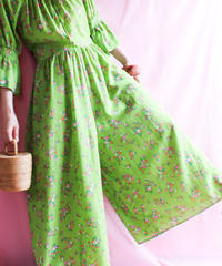 【tiny yearn】1970's Flower Pattern Jumpsuits