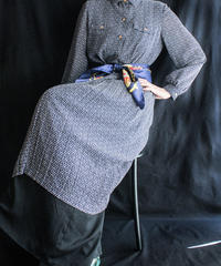 【Seek nur】Alphabet Pleats Shirt Dress