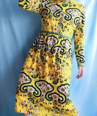 【tiny yearn】70's Oriental Pattern Dress