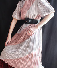 【Seek nur】Diagonal stripes Pleats Dress