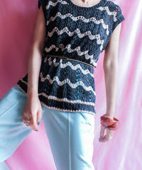【tiny yearn】Chevron Stripe Crochet Knit Vest