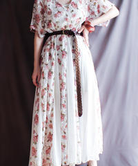 【Seek nur】Flower Lace Sheer Dress