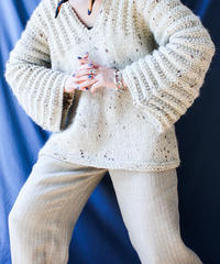 【Seek nur】Flare sleeve Hand Nep Knit