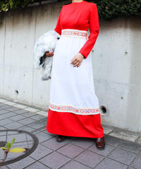 【tiny yearn】1970's Bicolor Embroidery Maxi Dress