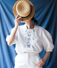 【Seek an nur】Euro Embroidery Tyrol Blouse