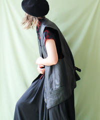 【tiny yearn】Euro Leather Over Vest