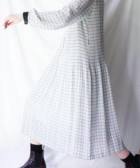 【Seek nur】Check Pleats Sheer Dress