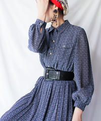 【Seek nur】Alphabet Pleats Shirt Dress