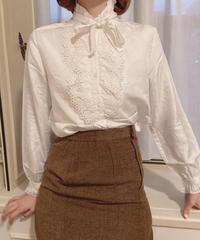 Frill ribbon blouse 05