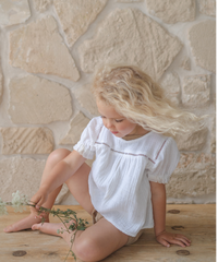 illoura the label | Clover blouse -White-