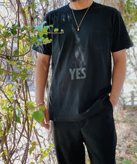 "DRESSSEN SMALL ""YES"" T-SHIRT black print"