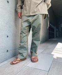 NESHU Straight tuck pants