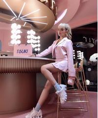 ピンクスカートスーツ