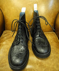 18.05 Rejected Tricker's / Black Embossed Leather  / Country Brogue Boots / Daintie W Sole