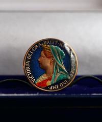 BENSON & CLEGG / CUFFLINKS / UK Farthing Queen Victoria / Copper