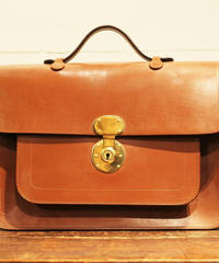 Rutherfords / Satchel With 806 Lock  / Large /Conker