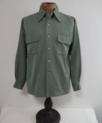 1940s~  Rayon Fabric Box Shirt.