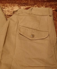 【 1940s~ U.S.M.C 】 Chino trousers.