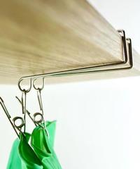74800【インスタ掲載・人気商品】ステンレス吊戸棚用キッチン手袋ピンチ