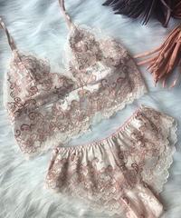 pink × bronze pink set  up