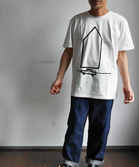 "SARAH CORYNEN ""ACCIDENTAL HOME"" T-Shirt"