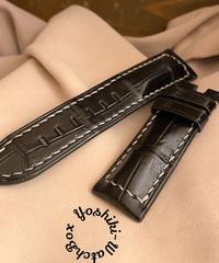 クロコダイルレザー 腕時計ベルト ブラック (ラグ幅24mm - バックル幅22mm) cro-332